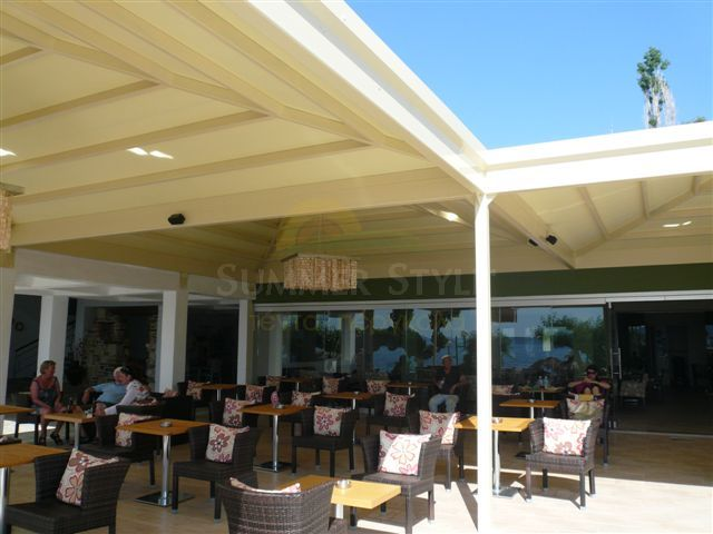 Τέντες και πέργκολες για καφετέριες και εστιατόρια